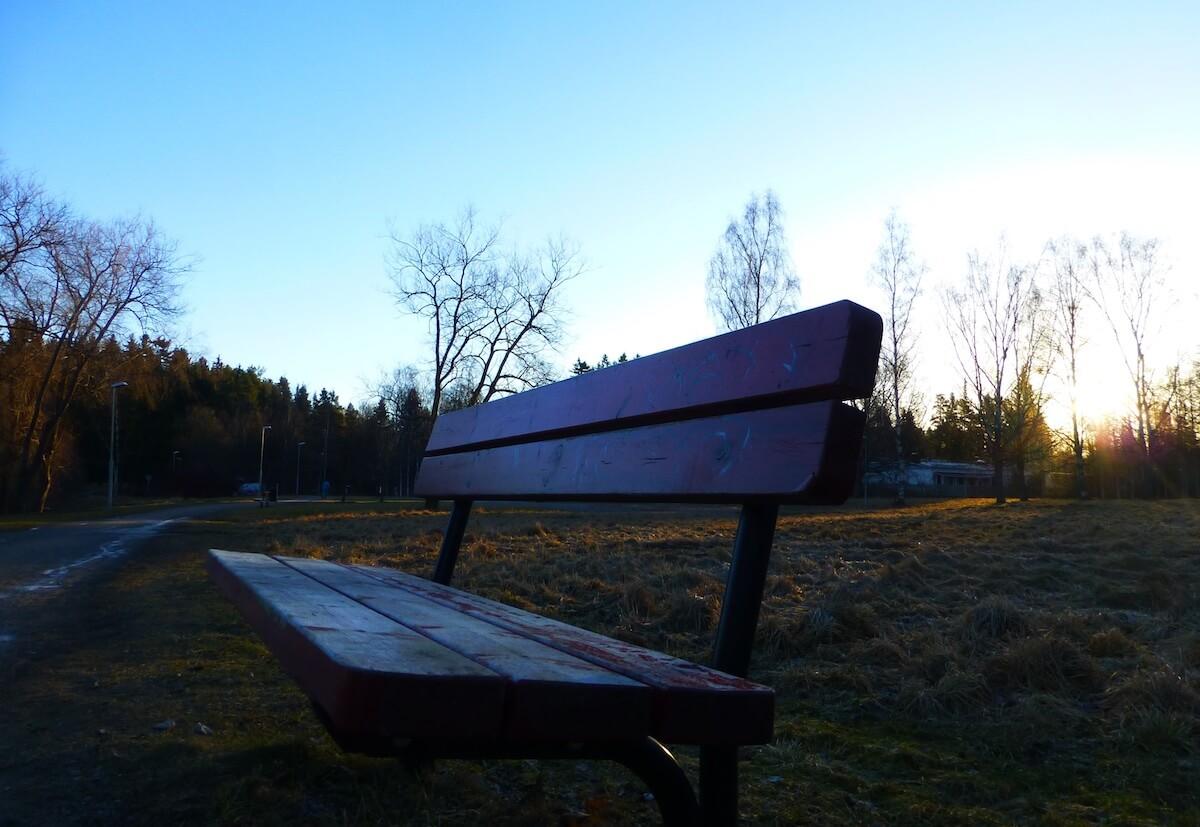 bench_mari-helin-tuominen-46917.jpg